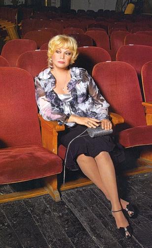 Карьера в театре Ольги Богдановой в фото