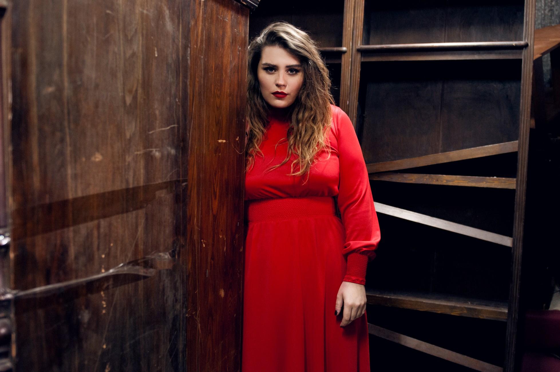Александра Зарицкая и ее начало карьеры в фото