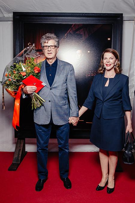 Мужи и жена Игорь Костолевский и Консуэло Де Авиланд на фото