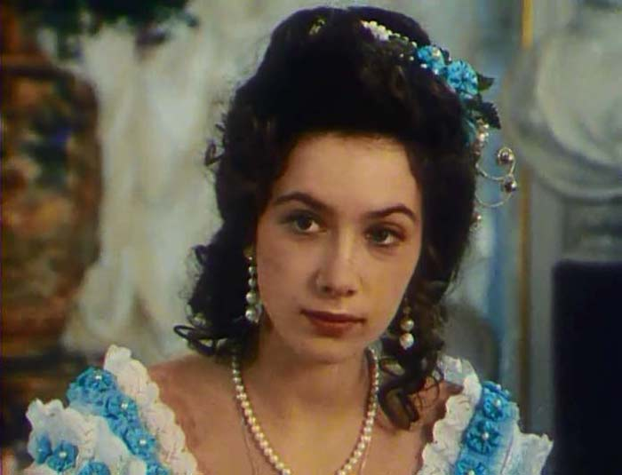 Дарья Юрская в кинофильме в фото